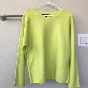 Apt 9 lime green woman's sweatshirt size large.